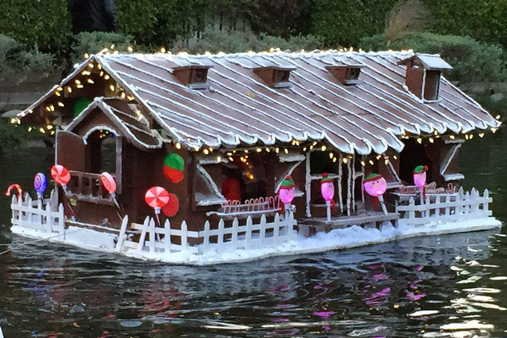 Venice Canals Holiday Boat